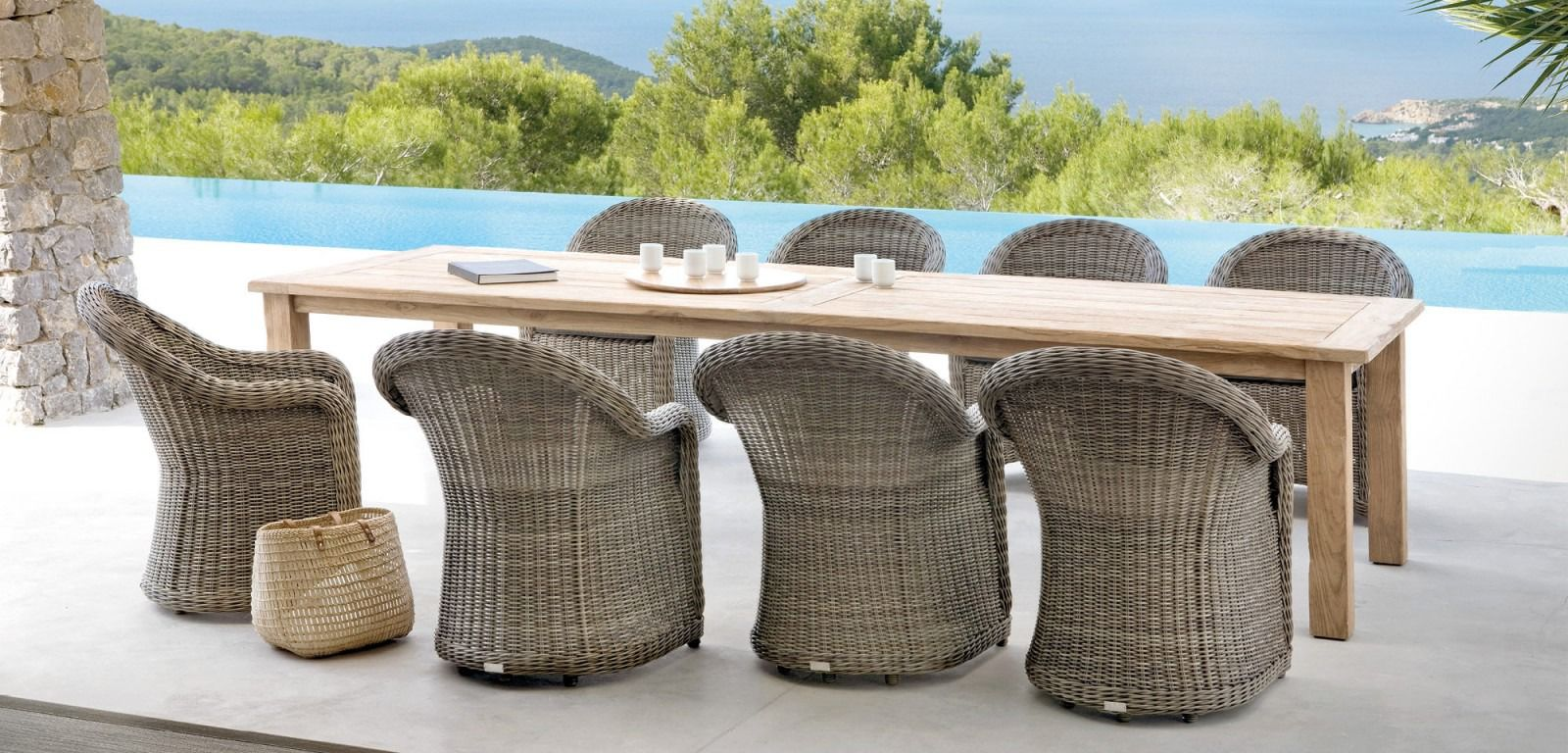 mobilier d 39 ext rieur haut de gamme c te d 39 azur d coration cannes mougins mobilier outdoor. Black Bedroom Furniture Sets. Home Design Ideas